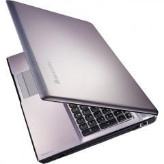 Ноутбук Lenovo IdeaPad Z570 1024DAU